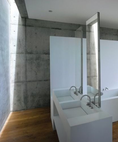 Bathroom of Cliff House by Tadao Ando.