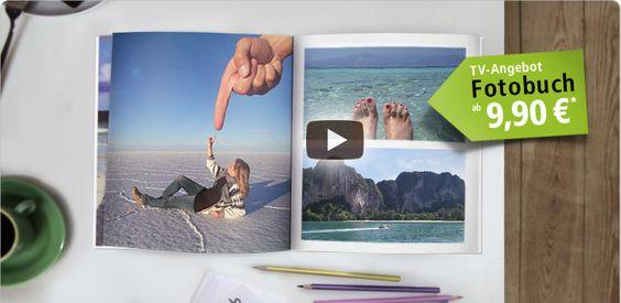 Die Erstellung eines Jahrbuchs machen Ihnen einige Fotobuch-Druckdienstleister wie PhotoBox oder Fotobuch ganz einfach: sie bieten spezielle Produkte, die schon Vorlagen z.B. für die Titelseite enthalten.