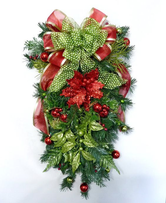 Christmas Swag, Lime Delight, Christmas Wreath, Front Door Wreath, Holiday Wreath, Wreath for Door, Door Decoration, Holiday Decoration