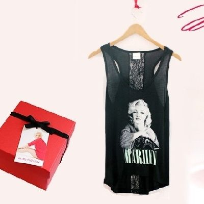 Valentine's Day Gift - http://sweepsmeoffmyfeet.com/2015/02/06/valentines-day-gift/  Winit.lifeandstylemag is giving you a chance to win 1 Marilyn Monroe Eyewear Valentine's Day Gift Set ARV $98!   #Gift, #ValentineSDay