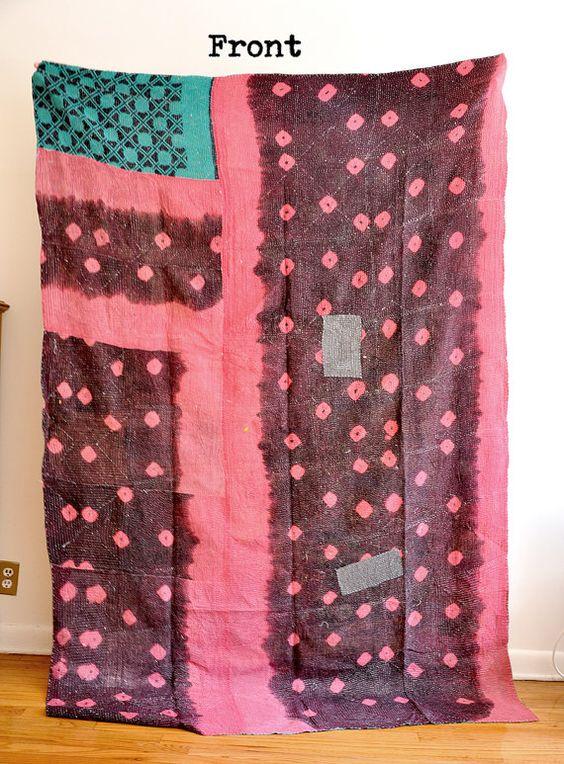 Vintage Reversible Quilt - Throw-Katha traditionelle Quilts ethnischen - gesteppte Bettdecken - Sari Quilt - Vintage Decke - Queen Size