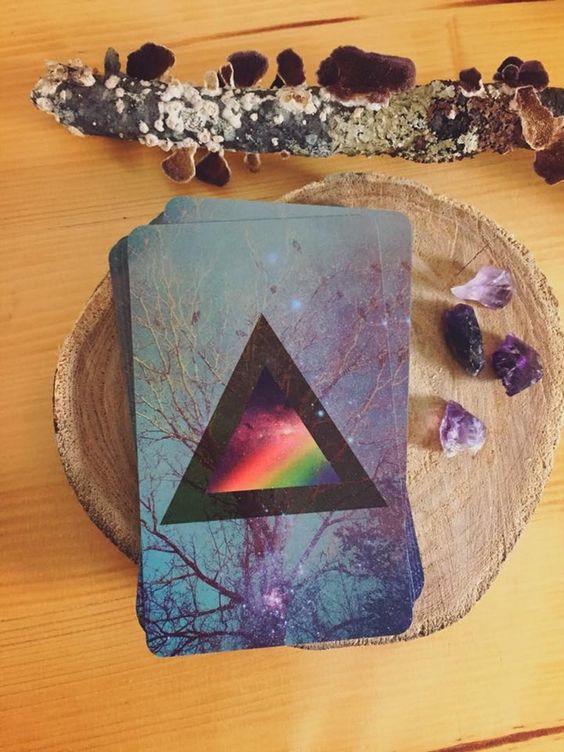 The Universal Mind Oracle is a 44 card, intuition-building oracle deck.