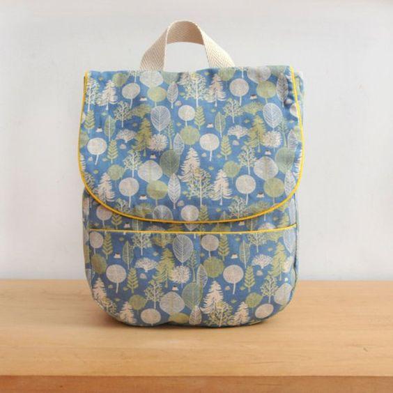Un sac-à-dos à motifs champêtres / coudre un sac à dos pour enfant