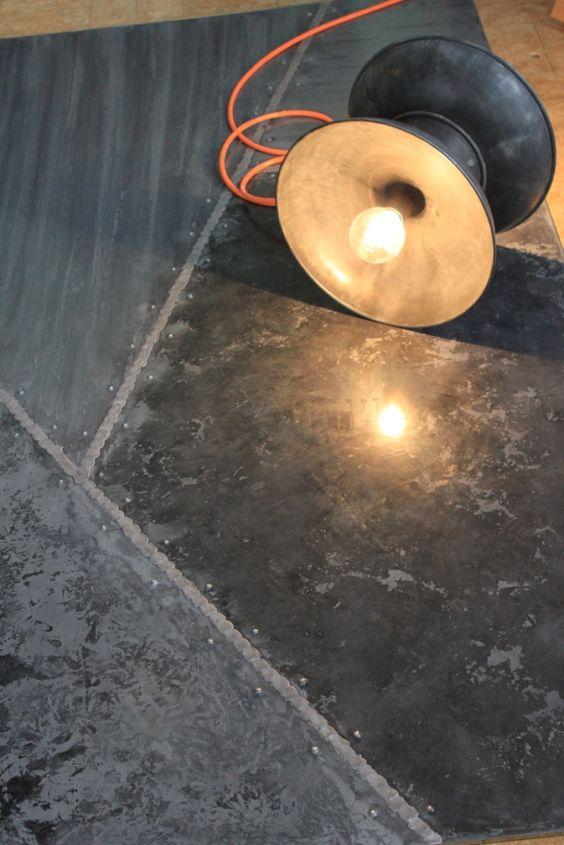 http://www.dezinc.ch/images/tapis_zinc.jpg  Suelo de zinc