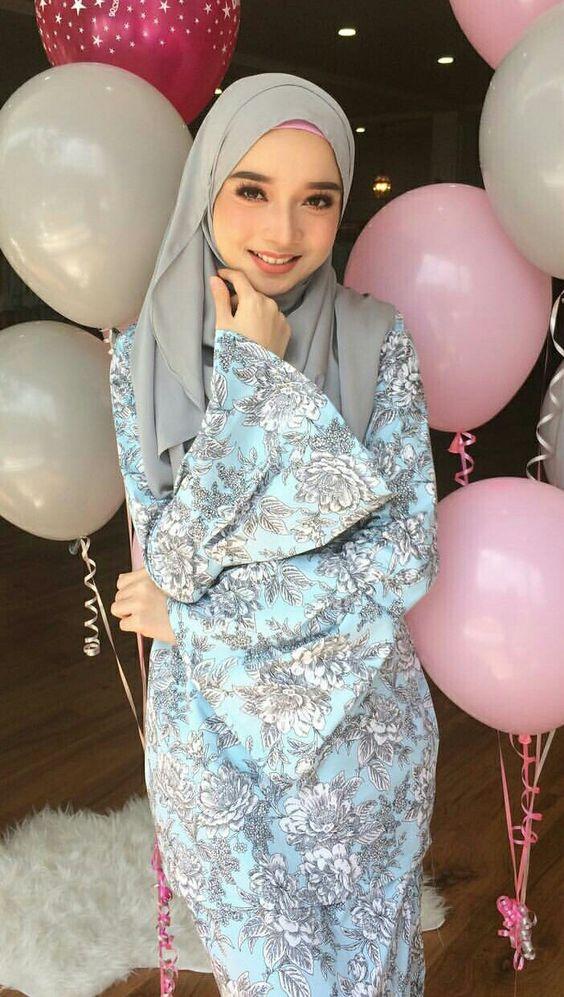 Soft colour fabric design and soft grey hijab @minimalace