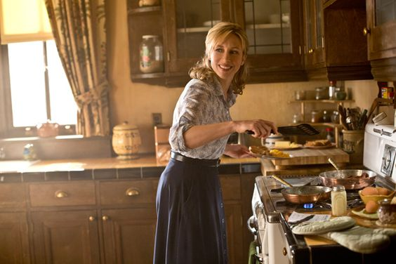 Ep. 7 - The Man in Number 9 (Bates Motel) Pic 1 / 15 Dylan (Max Thieriot) wakes, arm aching from where a bullet grazed him the night before, and heads to the kitchen to find an unusual sight... ...Norma (Vera Farmiga) is in a good mood, and she's making him breakfast. She tells him he needs to keep his strength up so his arm can heal. He appreciates the effort, but he has some bad news for his mother. AETV.com