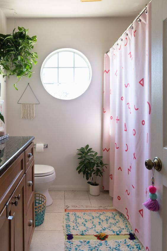 Fashionable Bathroom Interior