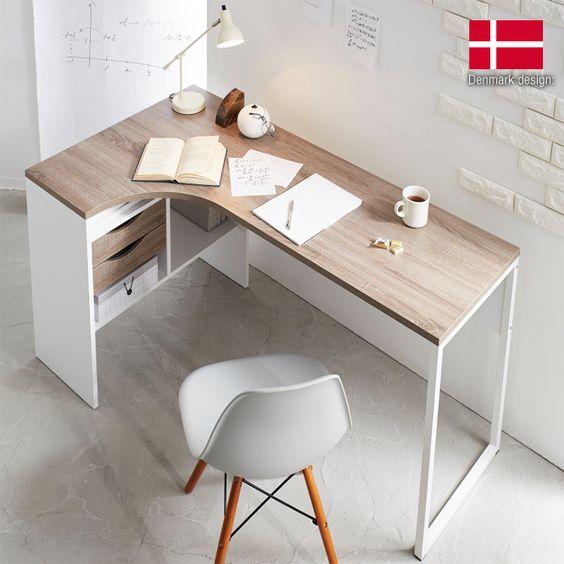 在宅ワークに便利!ニトリ・IKEA・ロウヤのおすすめ作業テーブル&椅子など23選