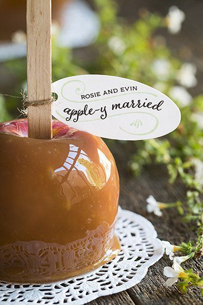 After the cider cocktail hour, carry the theme to the favor and pass out caramel apples.: