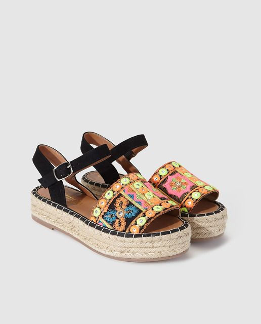 59 Platform Summer Sandals To Update You Wardrobe shoes womenshoes footwear shoestrends