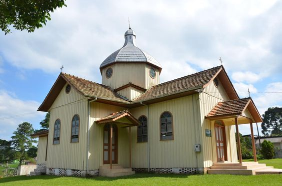 Igreja ucraniana da Vargem Grande, município de Paula Souza