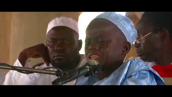 """""""MaDE""""  Un enfant de 10 ans pleure en pleine Récitation du St Coran"""