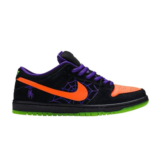 Check Out The Dunk Low Sb Night Of Mischief On Goat Dunk Low Sneakers Me Too Shoes