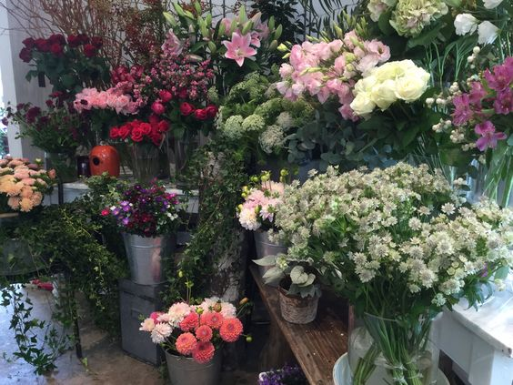 Fleurs chez Boutique Pompon www.boutique-pompon.fr / flowers / fleuriste flowershop Montreuil Paris