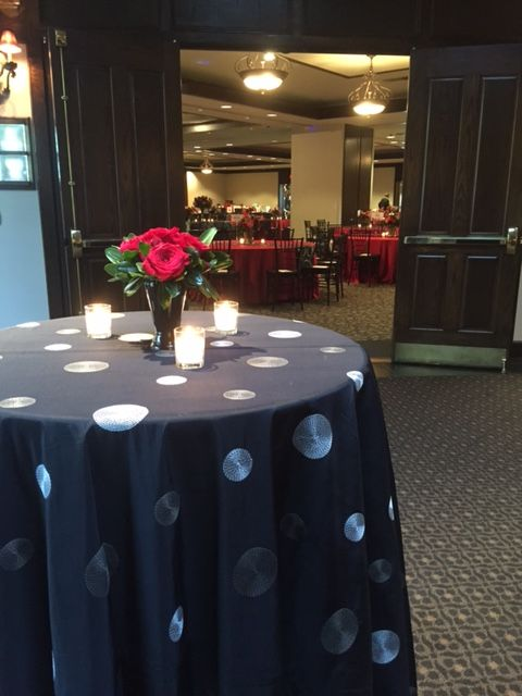 Lubbock Cooper Isd 4 9 16 Florals Linens By Luciana Cavazos Top Tier Catering Outdoor Reception Table Decorations Lubbock