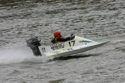 Tunnel Boat racer | Driver - Paige Connolly