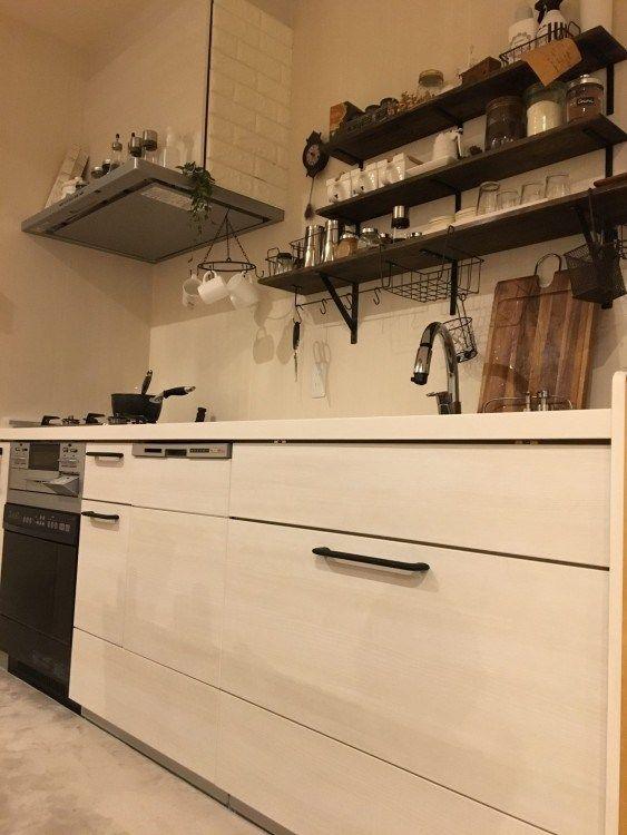 システムキッチンの取手をアンティーク アイアン風に簡単リメイク塗装