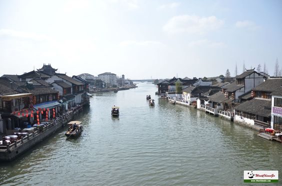 4 Days Shanghai and Zhujiajiao Tour