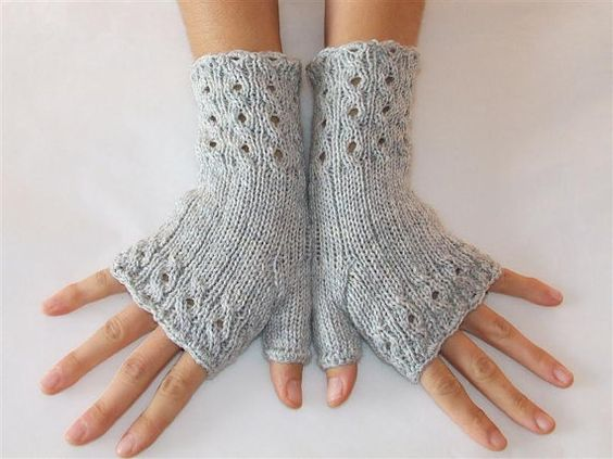 Elegant Fingerless Gloves    Cables and Lace   by HandMadeInItaly, €22.00