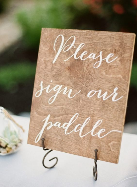 Canoe Paddle Guest Book | JoPhoto on @mtnsidebride via @aislesociety