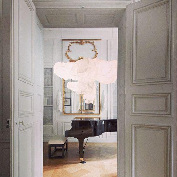 Visitez un hôtel particulier XVIIIe situé en plein cœur de Paris sur www.admagazine.fr