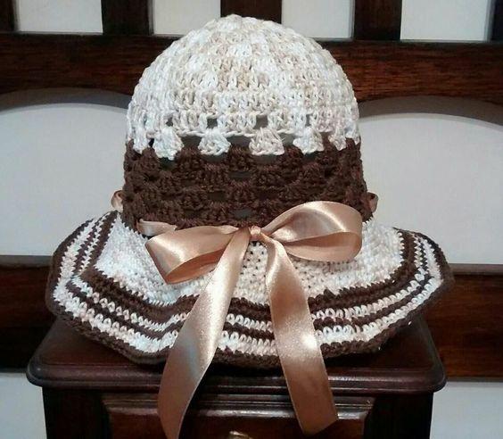 Chapéu de linha em crochê