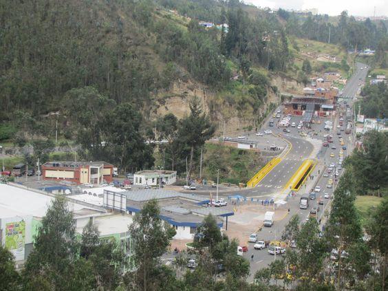 El Puente Rumichaca es usado por miles de personas a diario