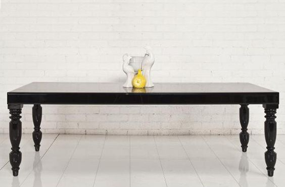 Hollywood Dining table in Black.  I love a good long table.