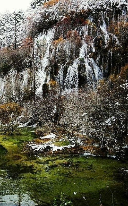 El Nacimiento Del Río Cuervo Y Su Impresionante Cascada Casa El Escalerón Cascadas Serrania De Cuenca Guia De Viaje