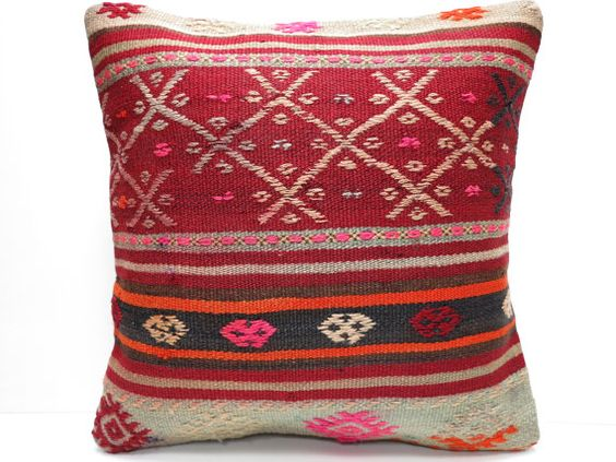 HANDWOVEN ORIENTAL TURKISH KILIM PILLOW COVER by TURKISHLOOM TURKIYE.    1- Size: 16x16 Inches / 40x40 cm.  2- Material: Cotton & Wool  3- Front
