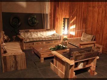 Le canap 3 places en palettes bois palette terrasse salon for Canape en palette