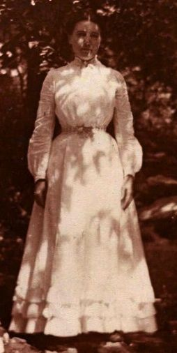 Laura Ingalls Wilder at age 30 in 1900 on Rocky Ridge Farm