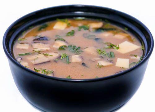 Польза сыра тофу как заменителя мяса многочисленна и разнообразна