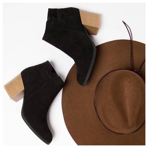 Close your eyes & imagine the perfect bootie. Now OPEN THEM! The 'Wilson': comfortable, classic & only $38. 30% OFF TODAY FOR SMALL BUSINESS SATURDAY! Comment for PayPal excluding '.com'. #dressmingle #timeless #shoes #style #sotd #boutique #sbs2016