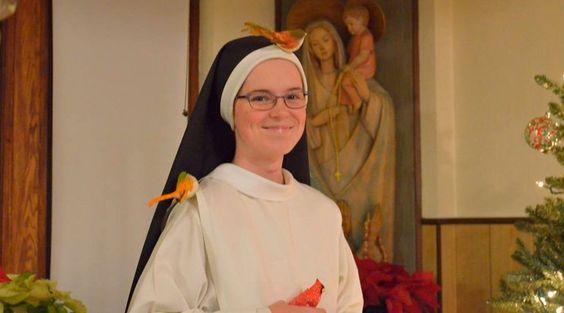 """Lauren Franko é uma jovem religiosa de clausura que sentiu o chamado à vida religiosa depois de escutar no YouTube sua canção favorita, """"Only Hope"""" (Única Esperança), do filme romântico """"Um amor para recordar""""."""