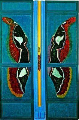 butterfly door.