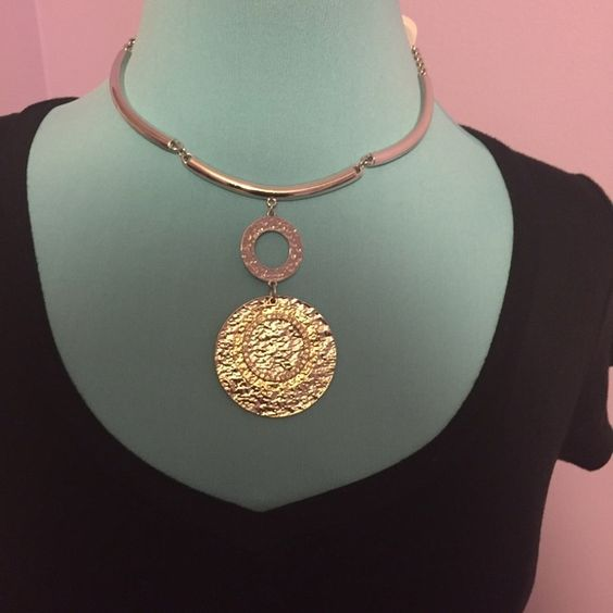 gold and sliver hanging chocker sliver earrings included... statement piece.... BRAND NEW Accessories
