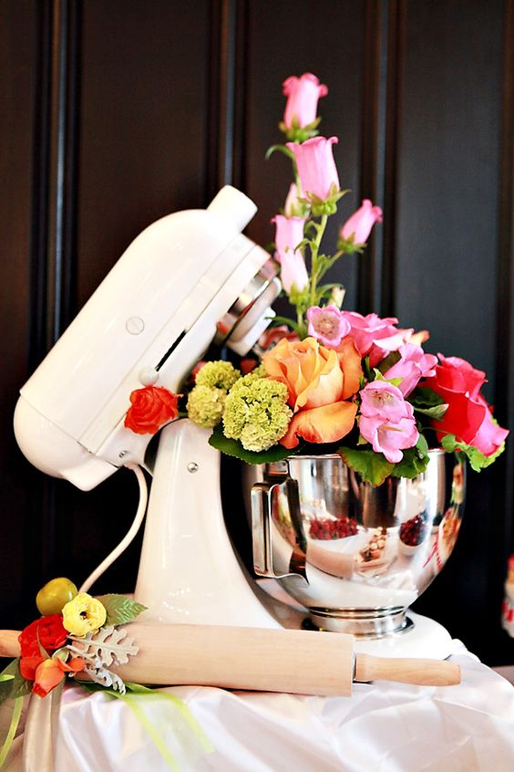 Creative Kitchen Themed Bridal Shower  OMG how cute is that?? And I do have a KitchenAid standing mixer already...