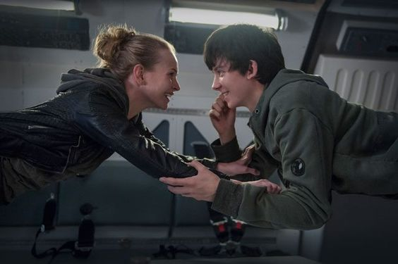 Trailer for The Space Between Us with Asa Butterfield and Britt Robertson.
