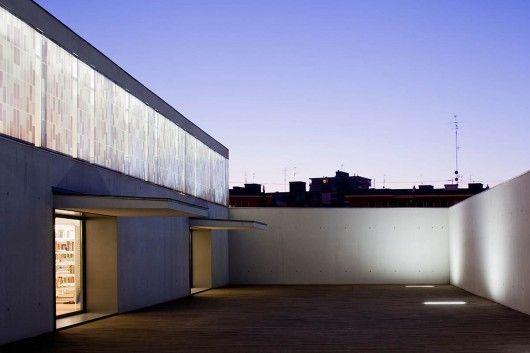 Biblioteca Angel Gonzalez in Madrid by Carlos de Riaño Lozano