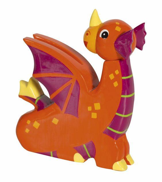 Le Dragon Orange, une figurine médiévale en bois peint de la collection Mystery de la marque Le Coin des Enfants. Pour animer de couleurs chatoyantes les décors des Châteaux forts du moyen âge.  A partir de 3 ans+