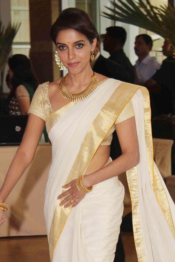 Wedding Gift Ideas Kerala : White Wedding Sarees In Kerala Kerala fashion.