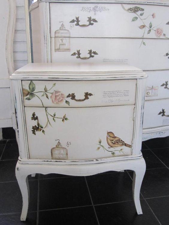 Muebles pintados mi rinc n pinterest p jaros - Muebles antiguos pintados ...