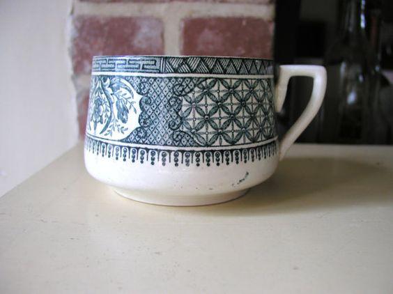 Un tamaño grande francés taza vintage