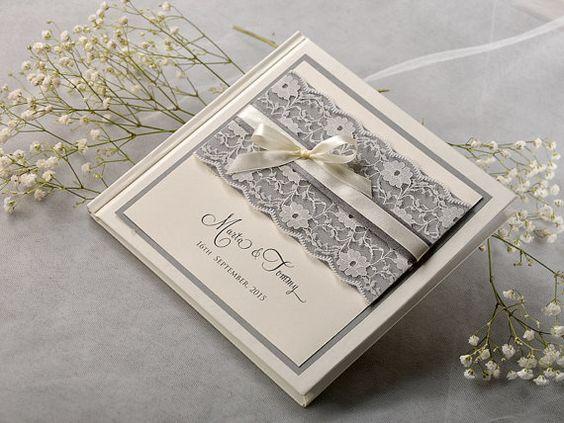 Rahmeninformationen Hochzeit Gästebuch 30 cmx30 von 4LOVEPolkaDots, $50.00