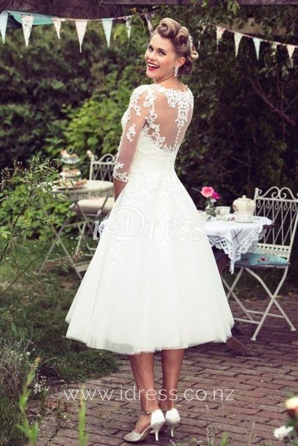 Ivory Lace And Tulle Tea Length Wedding Dress Lace Wedding Dress With Sleeves Short Lace Wedding Dress Belle Wedding Dresses