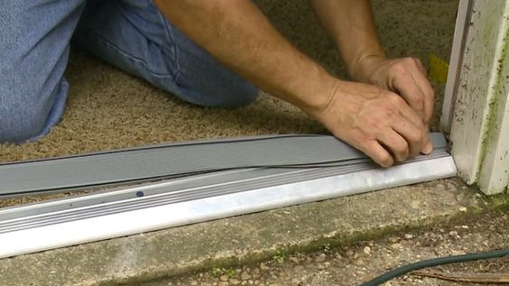 How to replace an entry door threshold today 39 s homeowner video channel household repairs for How to install a threshold for an exterior door