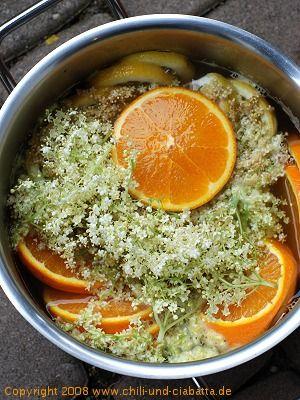 Orangen-Holunderblüten Sirup