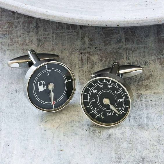 A fantastic set of cufflinks featuring a traditional speedometer and a petrol guage. Great cufflinks for any man who loves his car. The cufflinks have a speedo on one link and a petrol guage on the other. Complete with swivel posts to suit any shirt and for easy fastening. The cufflinks come in a smart box which makes them a perfect gift for that special man. Ideal for Birthdays, Passing your driving test or just as a lovely treat.Made from rhodium plated metal for a hard wearing and tarnish ...