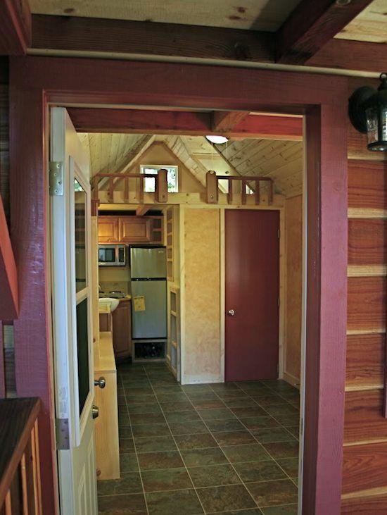 Big Houses On The Inside pin lisääjältä justin tank taulussa 2015 wheel fish house build